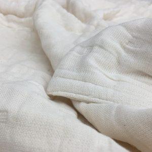 夏の寝具は十人十色